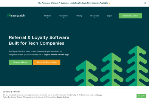 Growth Hacking Strategies: How 43 Founders Landed Their First Customers - https://www.referralsaasquatch.com